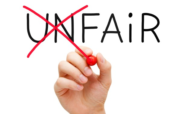 fair - stift kreuzt unfair durch
